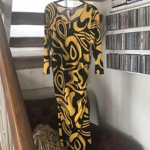 Bold goldenrod/black dress
